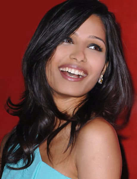 Worlds-Top-Sexiest-Women-Freida-Pinto