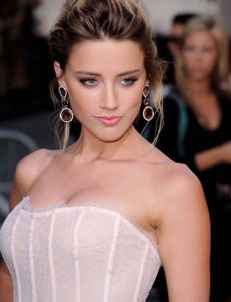 Worlds-Top-Sexiest-Women- Amber-Heard