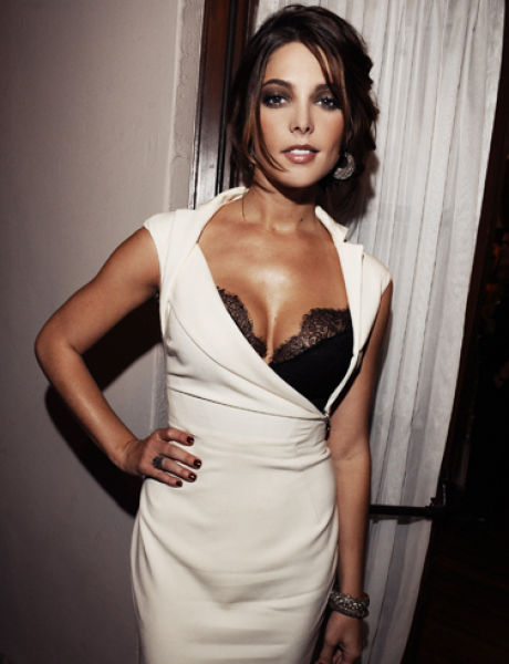 Worlds-Top-Sexiest-Women-Ashley-Greene