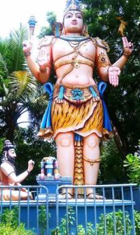 Large Shiva statue at the ancient Gangadheeshwara Temple in Purasaiwalkam, Chennai