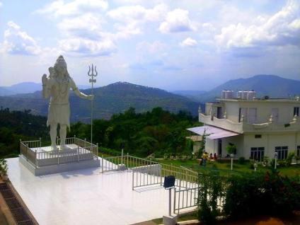 Lord-Shiva-Temple-In-Jammu