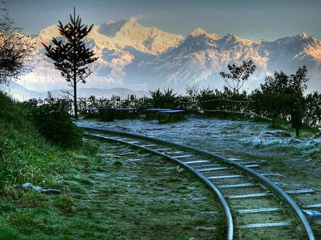 Wonderful-Darjeeling-in-the-lap-of-Himalaya