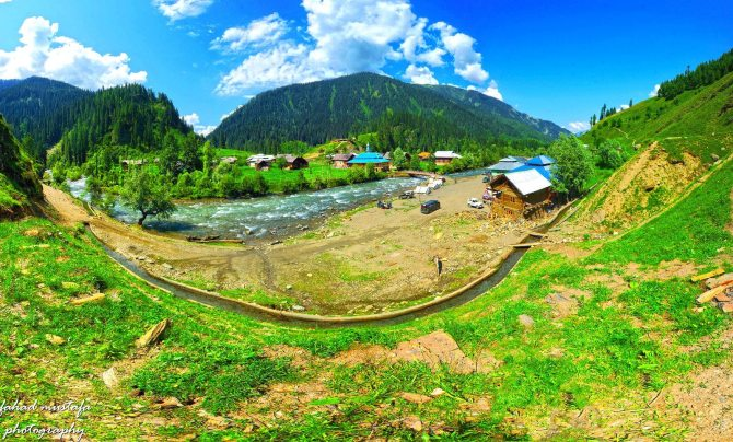 Breathtaking-Beauty-Lush-Green-Neelum-Valley-Kashmir-India