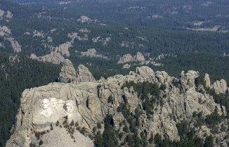Mount-Rushmore1