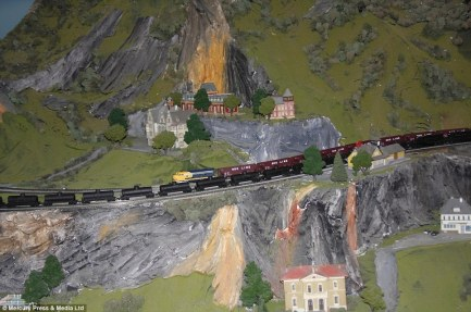 world's-largest-model-railway-Northland-Flemington-New-Jersey-8