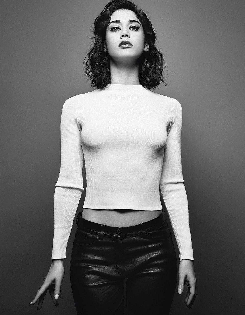 Hot Sex Muse: Lizzy Caplan – PICZLoad pics a la carte