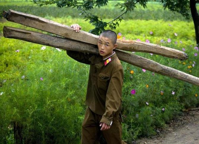 north-korean-soldier