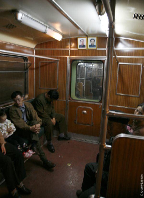 north-korean-subway-car