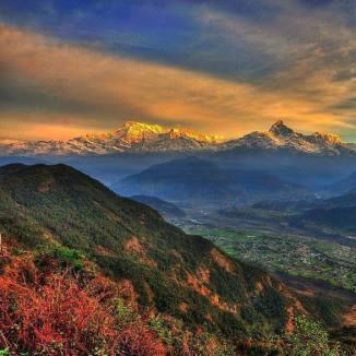 Beautiful-PokharaValley-GorgeousHimalayas-NEPAL