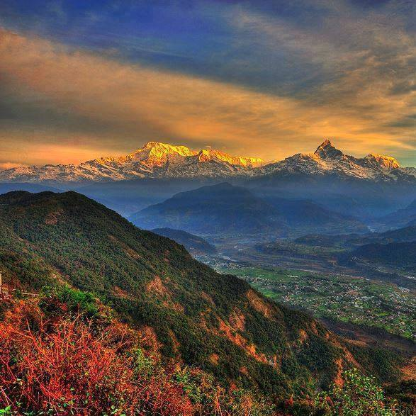 Beautiful-PokharaValley-GorgeousHimalayas-NEPAL