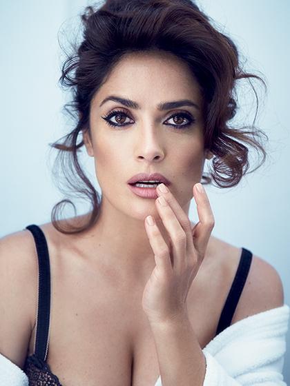 HotGlamorousWomenOnEarth-Salma-Gayek