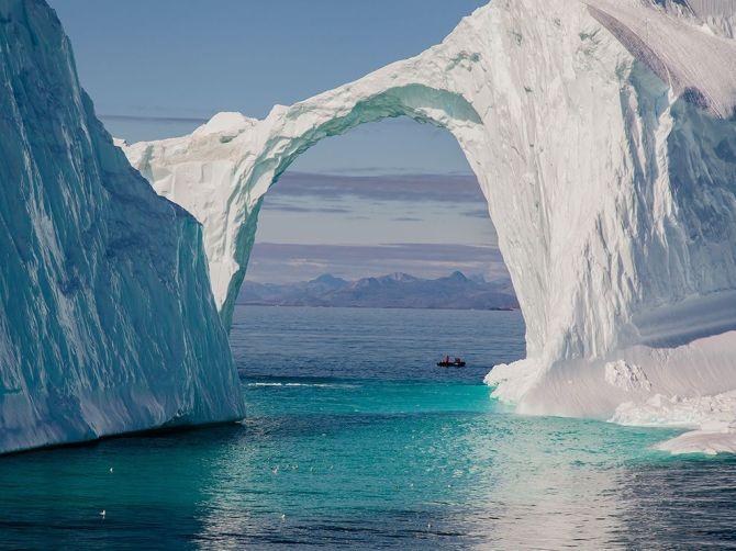 Icebridge-Greenland
