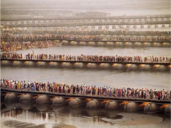 LargestPeopleGatheringInTheWorld-Kumbh-Mela--Haridwar-INDIA4