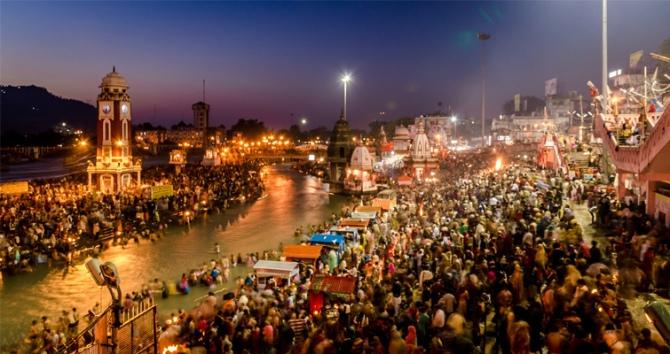 LargestPeopleGatheringInTheWorld-Kumbh-Mela--Haridwar-INDIA9