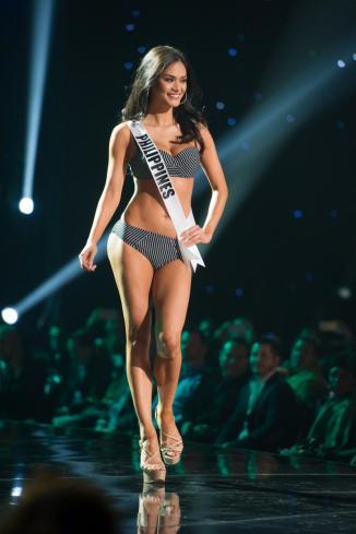 MissUniverse-2015-PiaAlonzo3