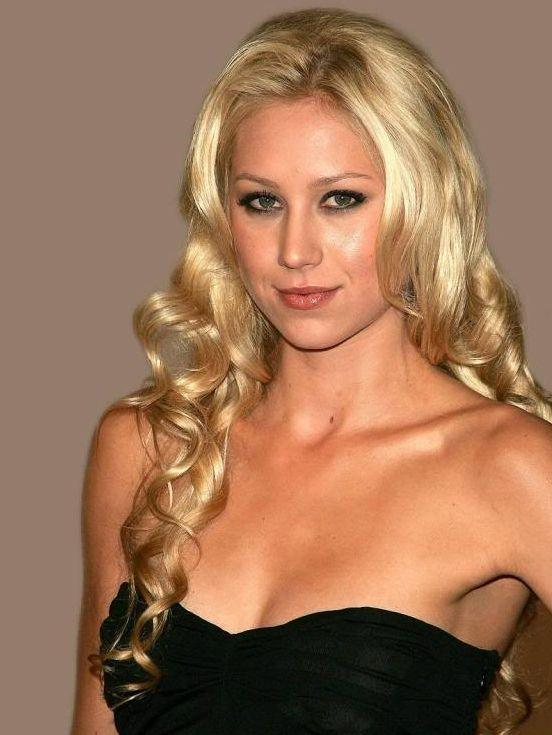 Most-Beautiful-Women-AllTime-AnnaKurnikova