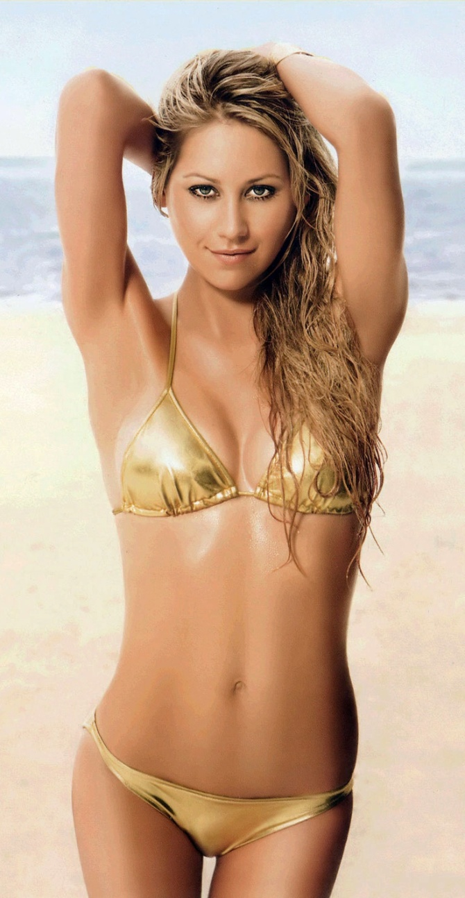 Most-Beautiful-Women-AllTime-AnnaKurnikova1