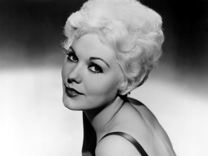 MostBeautiful-Women-Alltime-KimNovak